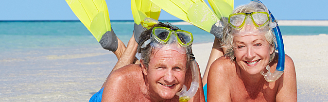 wellness65-article_senior-couple-with-snorkels_171129